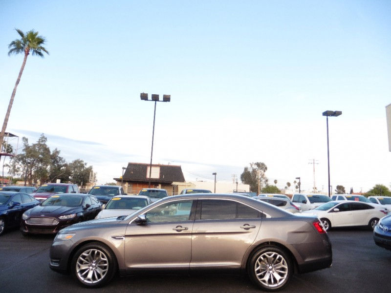Ford Taurus 2013 price $9,995