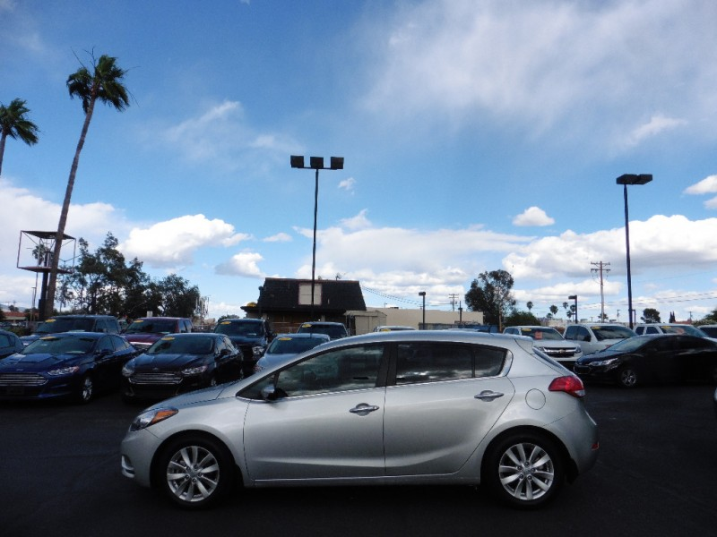 Kia Forte 5-Door 2015 price $11,995
