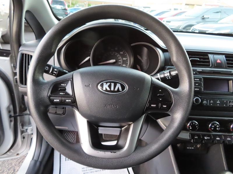 Kia Rio 2014 price $7,995
