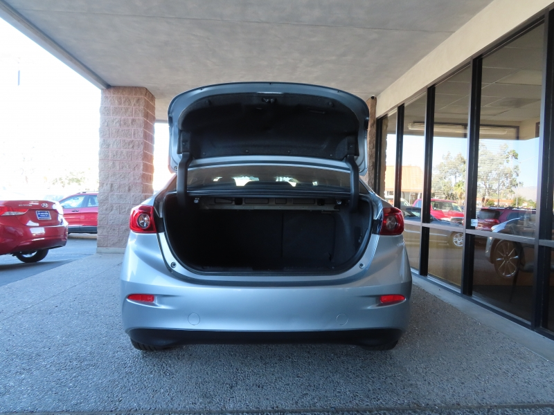 Mazda Mazda3 4-Door 2017 price $14,995