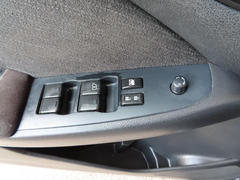 Nissan Altima 2012 price $8,995