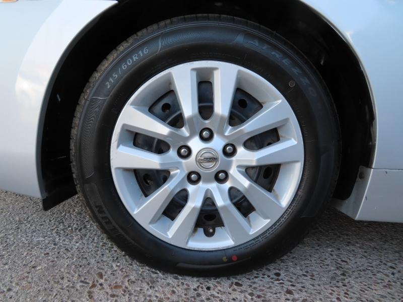 Nissan Altima 2013 price $9,995