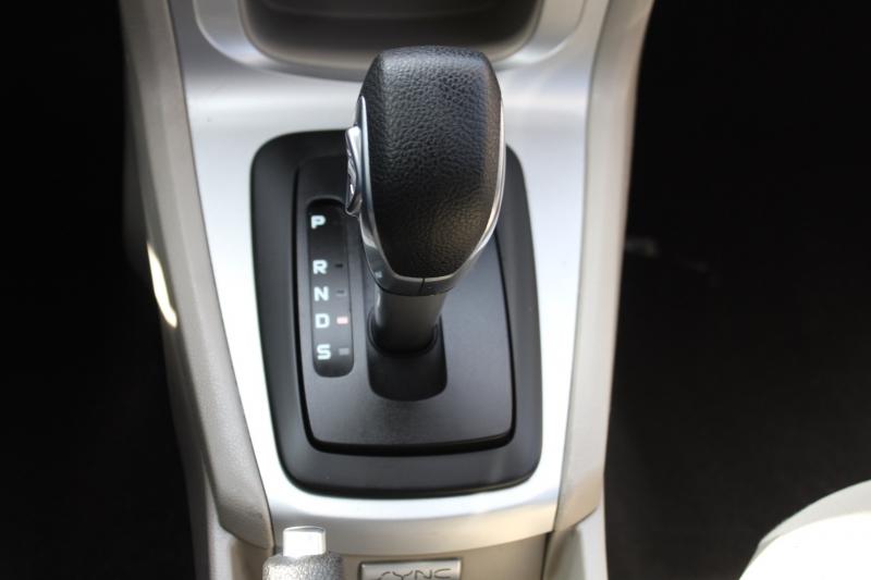 Ford Fiesta 2015 price $8,995