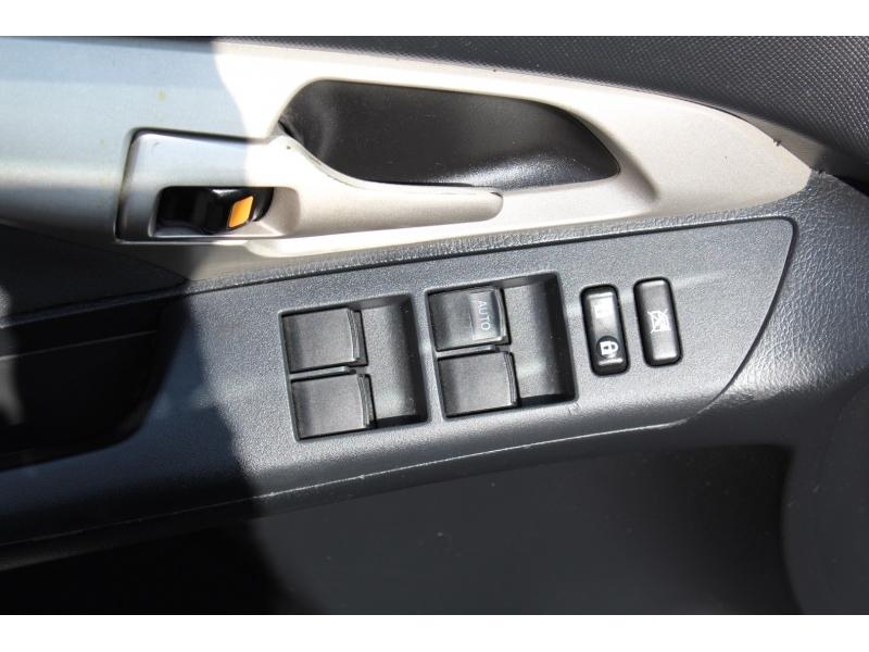 Pontiac Vibe 2009 price $5,994