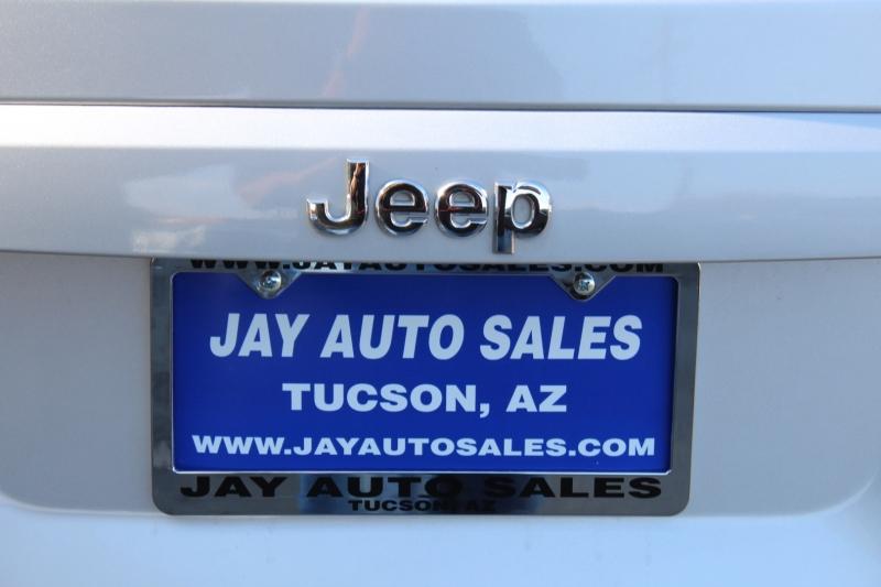 Jeep Compass 2007 price $6,995