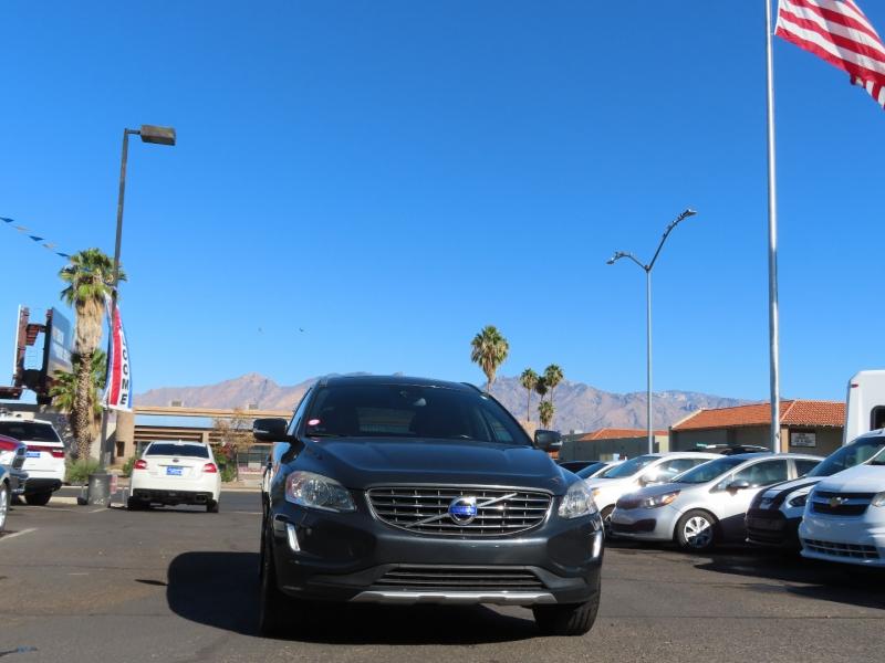 Volvo XC 60 2015 price $15,995