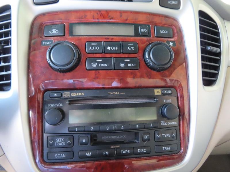 Toyota Highlander 2006 price $9,995