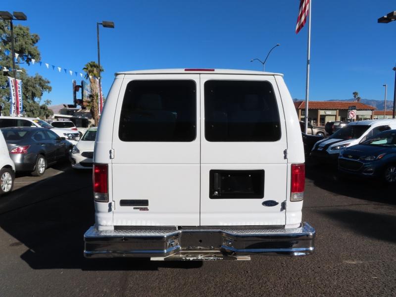 Ford Econoline Wagon 2008 price $13,995