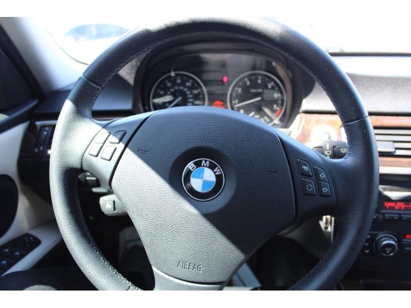 BMW 3-Series 2010 price $10,995