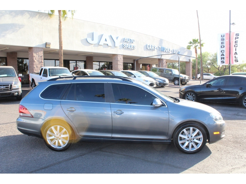 Volkswagen Jetta SportWagen 2013 price $13,995
