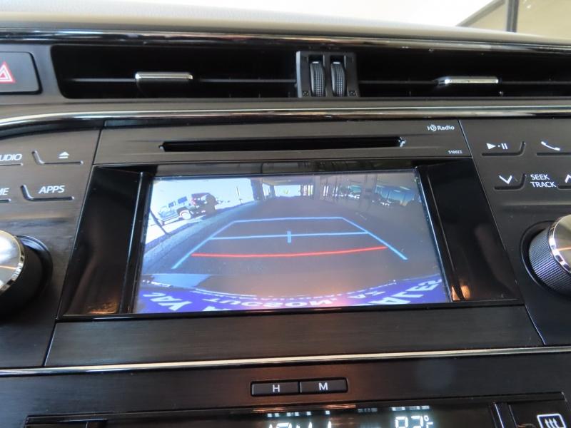 Toyota Avalon 2015 price $20,995