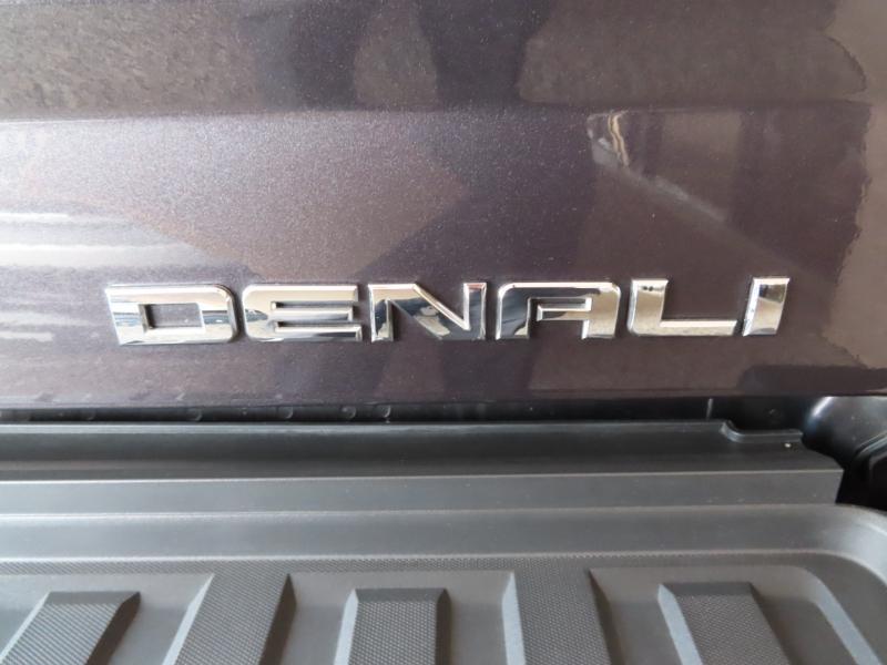 GMC Sierra 2500HD 2015 price $64,995
