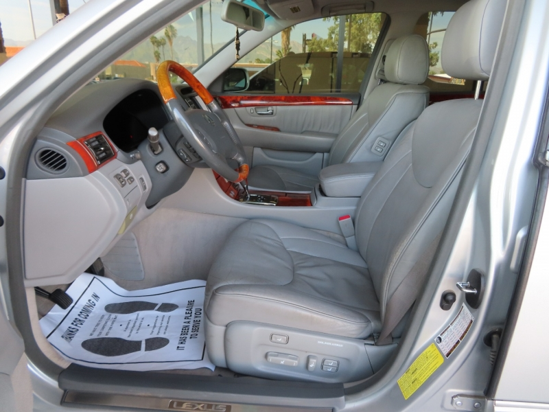 Lexus LS 430 2006 price $11,995