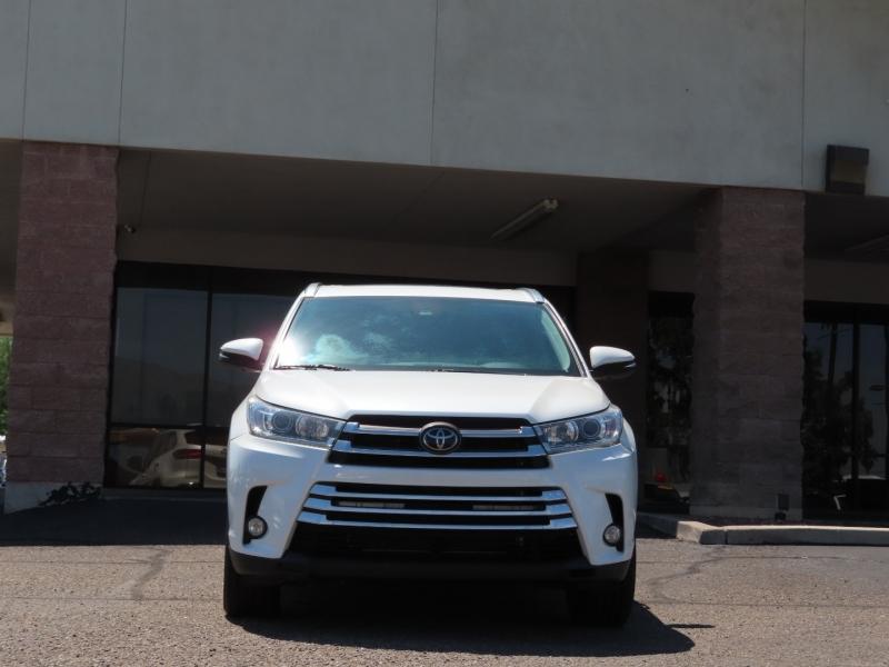 Toyota Highlander 2018 price $37,995