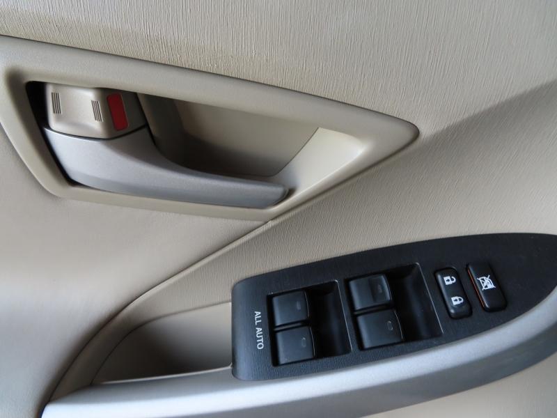 Toyota Prius 2011 price $15,995