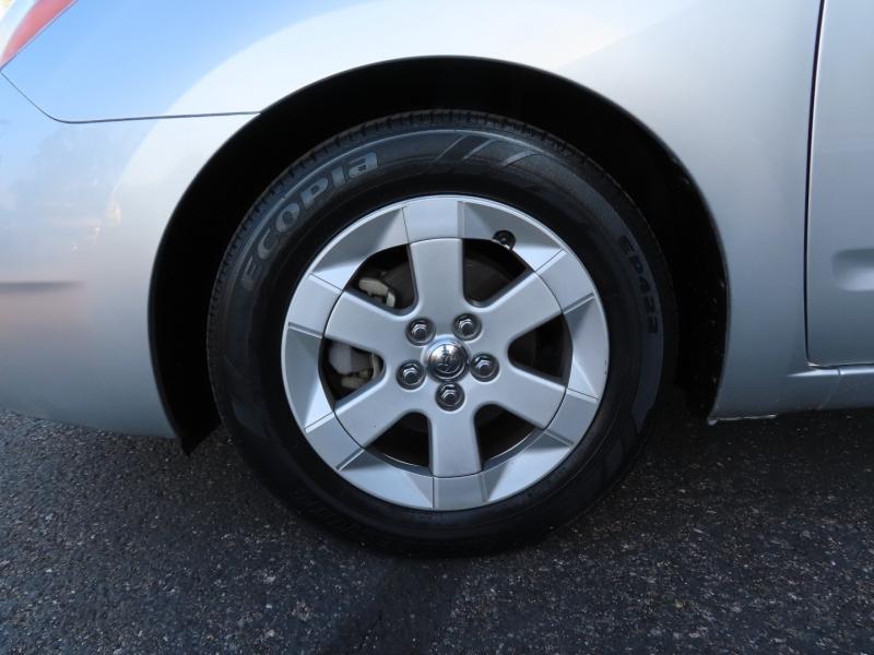 Toyota Prius 2009 price $11,995