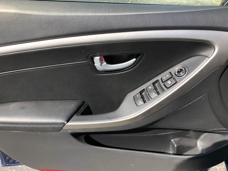 Hyundai Elantra GT 2013 price $9,995