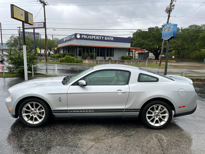Ford Mustang 2010 price $14,995