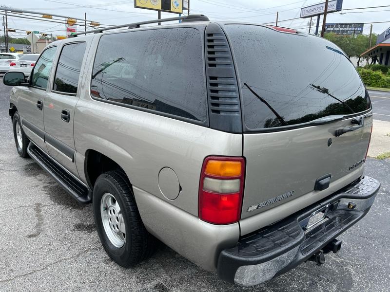 Chevrolet Suburban 2003 price $10,995
