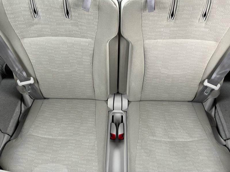 Toyota Highlander 2011 price $15,995