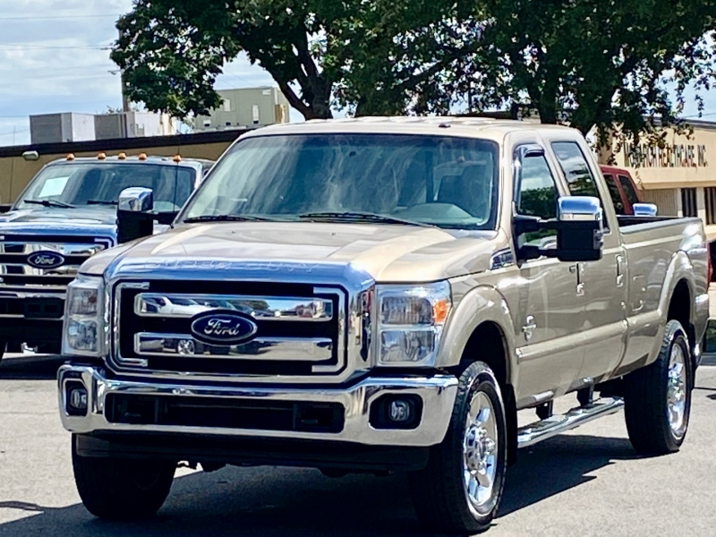 Ford F350 LARIAT FX4 2012 price $25,500