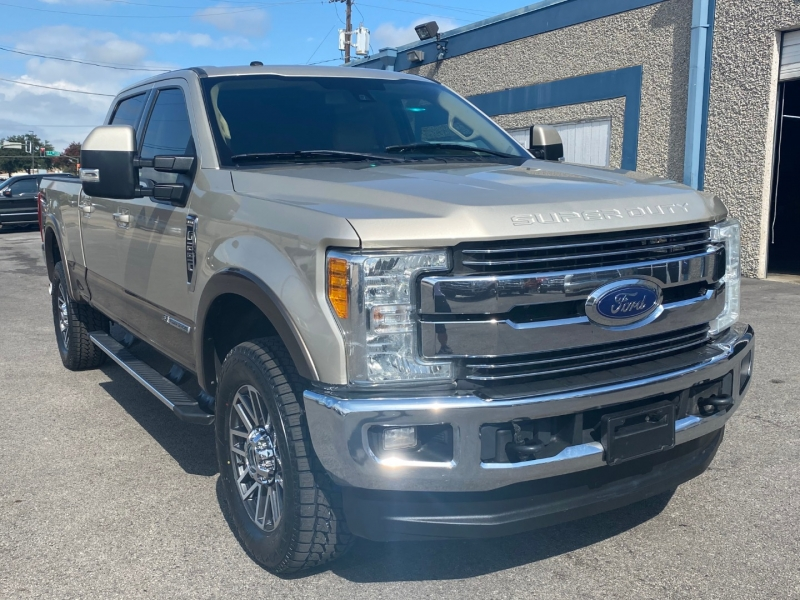 Ford F250 LARIAT 4X4 2017 price $37,900