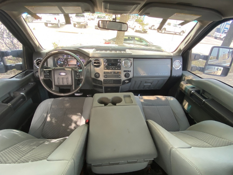 Ford F350 XLT 4X4 2013 price $20,900