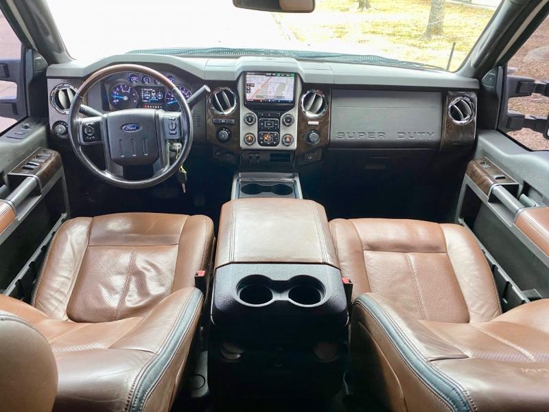 Ford F250 PLATINUM 4X4 2015 price $37,300