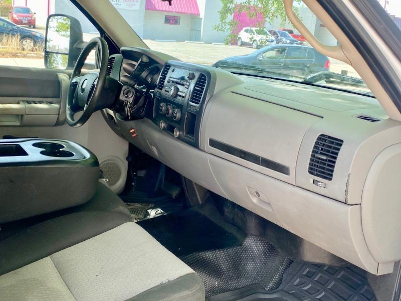 Chevrolet SILVERADO 3500 HD CREW CAB 2009 price $22,500
