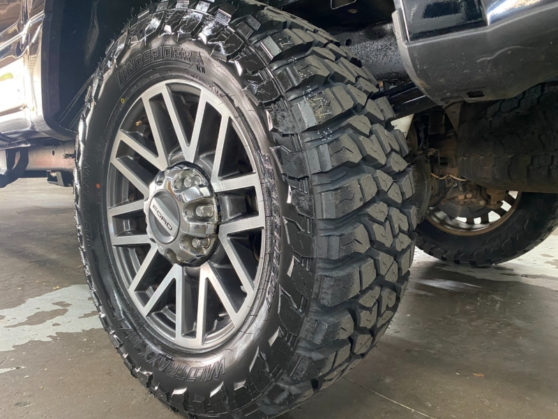 Ford F250 LARIAT FX4 2017 price $49,500