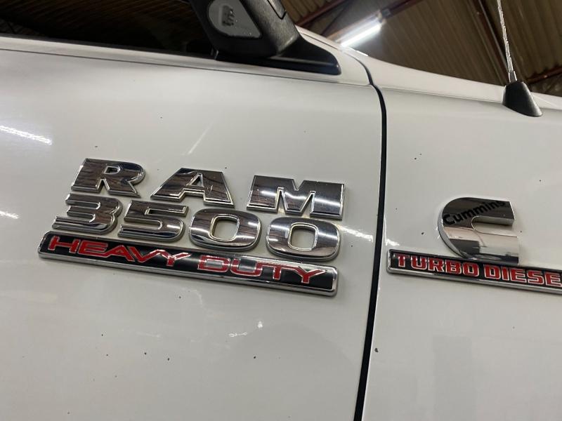 RAM 3500 4x4 DIESEL 2015 price $35,700