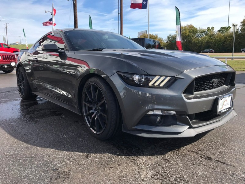 Ford Mustang 2017 price $2,000 Down!!