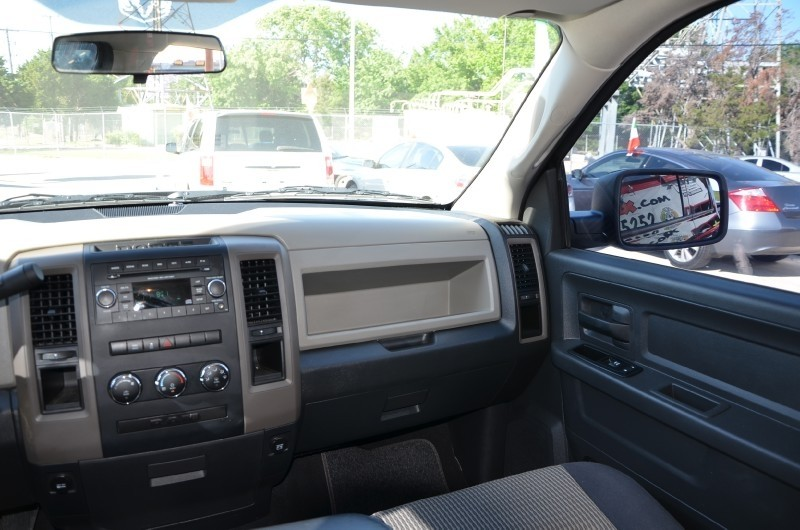 Dodge Ram 1500 2013 price $2,500 Down!!