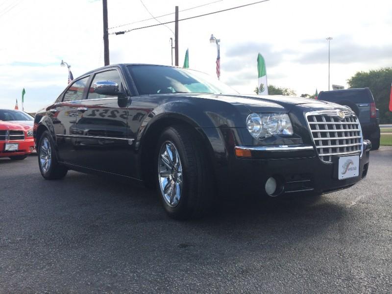 Chrysler 300 Hemi 2010 price $1,000 Down!!
