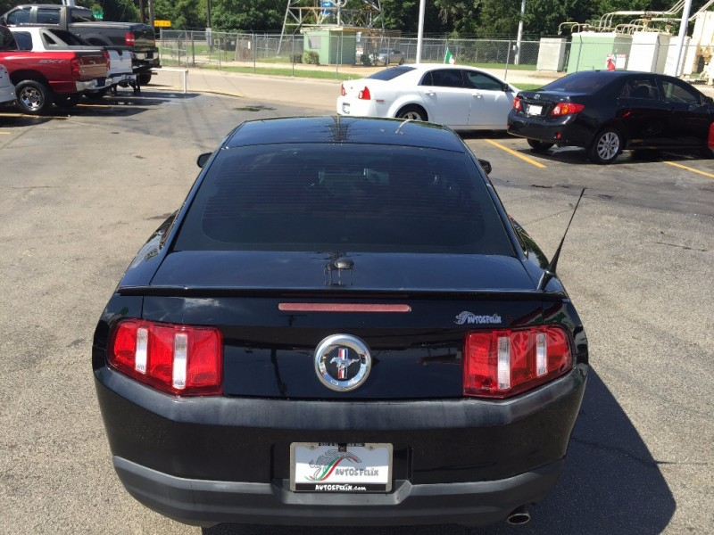 Ford Mustang 2012 price $2,000 Down!!