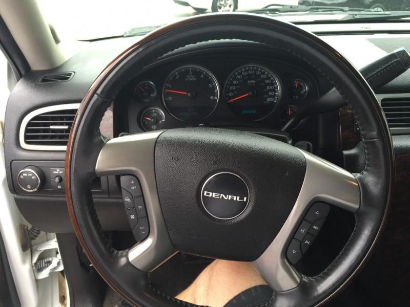 GMC Denali 2012 price $1,500 Down!!