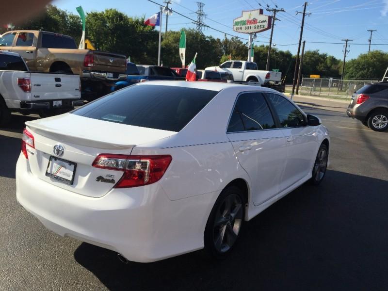 Toyota Camry 2015 price $1,500 Down!!
