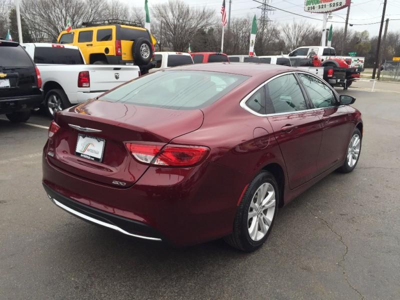 Chrysler 200 2015 price $1,500 Down!!