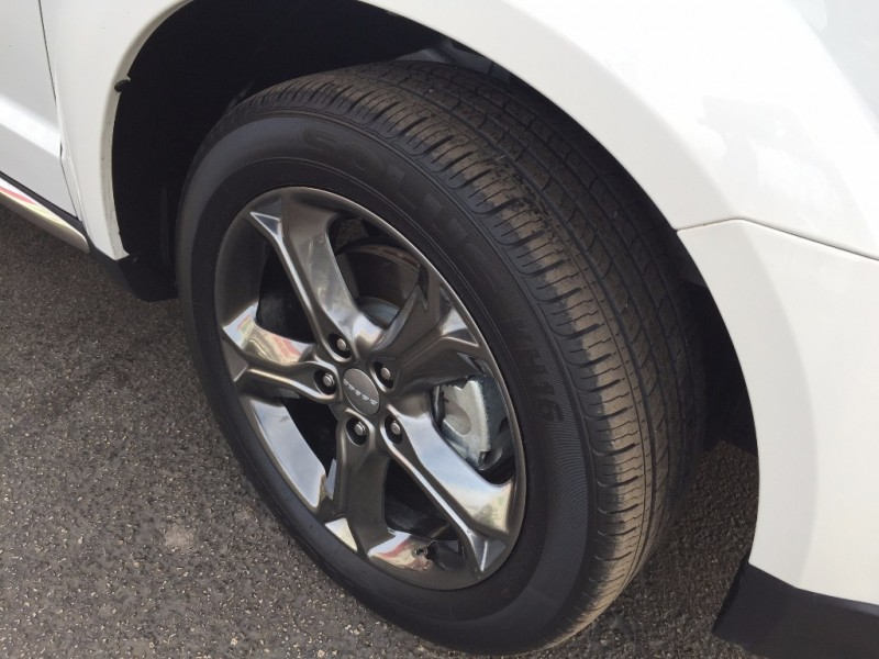 Dodge Journey Crossroad!! Navigation! 2015 price $1,500 DOWN