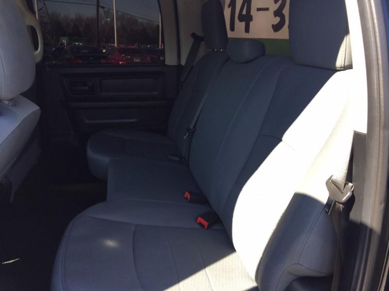 Dodge Ram Hemi 4x4 2014 price $2,000 Down!!
