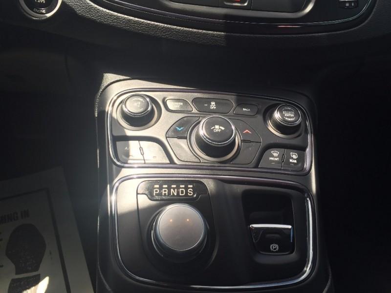 Chrysler 200 S Piel Quemacoco!!! 2016 price $1,500 Down