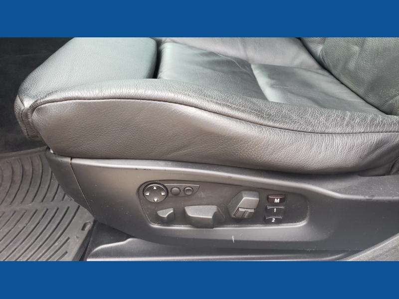 BMW 5-Series 2009 price $10,800 Cash