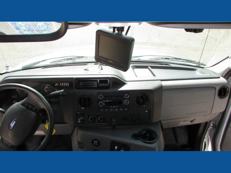 Ford Econoline Commercial Cutaway 2015 price $14,500