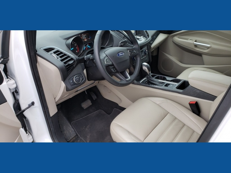 Ford Escape 2019 price $22,000
