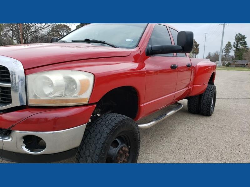 Dodge Ram 3500 2006 price $12,000