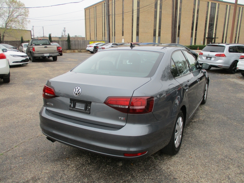 Volkswagen Jetta Sedan 500totaldown.com 2016 price $12,995