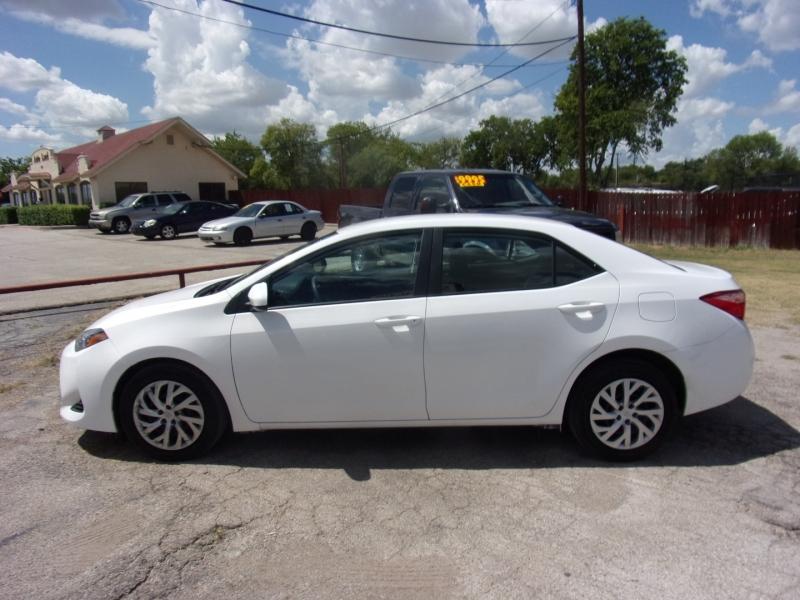 Toyota Corolla 2019 price $16,995