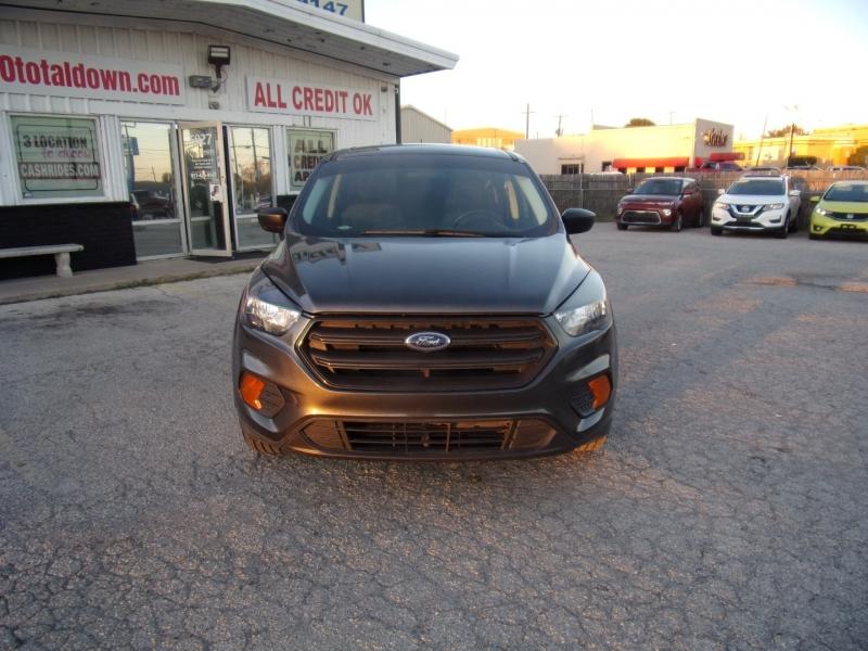 Ford Escape 2018 price $15,500