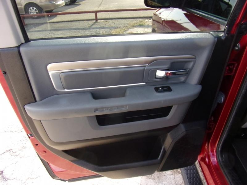 Dodge Ram 1500 2013 price $17,500