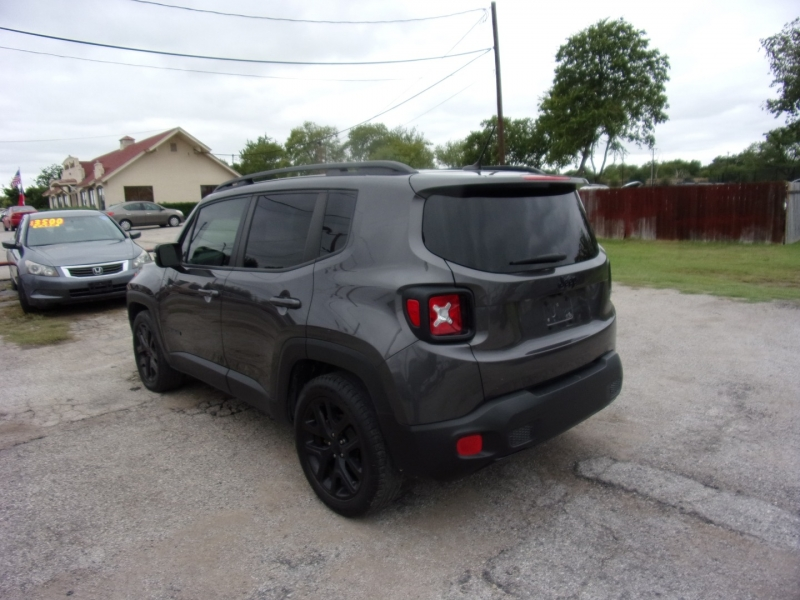 Jeep Renegade 2017 price $13,500